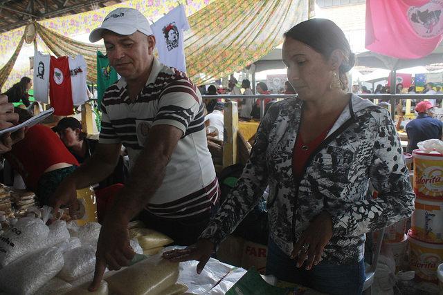 feira_reforma_agraria_jose_ueldo_para