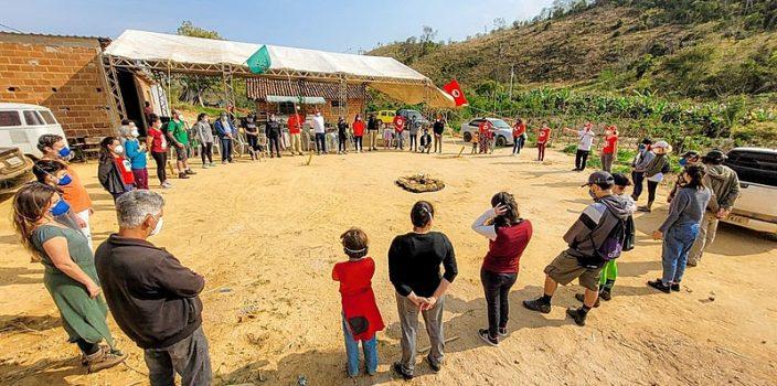 atividade de turismo da reforma agrária do MST em Minas Gerais